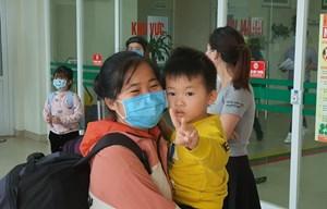 30 công dân Việt Nam trở về từ tâm dịch Vũ Hán được xuất viện
