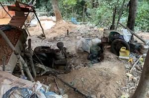 Quảng Bình: Triệt xóa điểm khai thác vàng trái phép ở Ngân Thủy