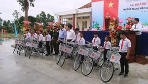 Bộ Quốc phòng xây tặng trường học cho huyện biên giới tỉnh Long An