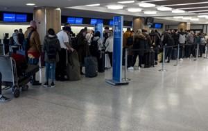 Công dân Việt bị 'kẹt' tại một số sân bay Đông Nam Á đã về nhà
