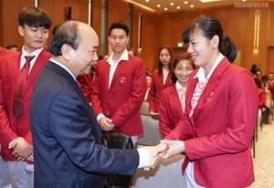[ẢNH] Thủ tướng gặp mặt, vinh danh VĐV, HLV đạt thành tích cao tại SEA Games 30