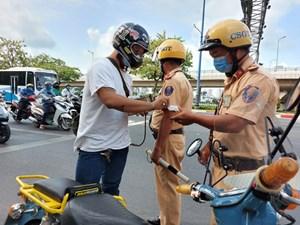 Ngày đầu ra quân tổng kiểm soát phương tiện giao thông: Nhiều phương tiện bị xử phạt