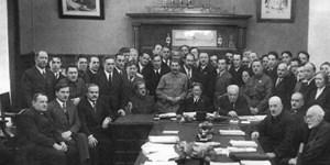 Các lãnh tụ Cách mạng Nga Xô viết trong buổi đầu lập quốc: Chống lại lòng tham vật chất