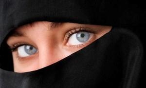 Canada gỡ bỏ một phần lệnh cấm mang mạng che mặt