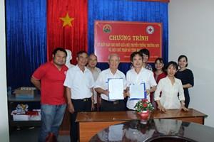 Khánh Hòa: Hội truyền thống Trường Sơn - đường Hồ Chí Minh và Hội Chữ thập đỏ phối hợp thực hiện các hoạt động nhân đạo