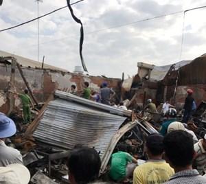 Cháy chợ ngày cận Tết, 2 vợ chồng tử vong