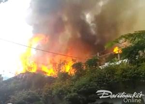 Cháy lớn tại quán cà phê, người dân hoảng loạn tháo chạy