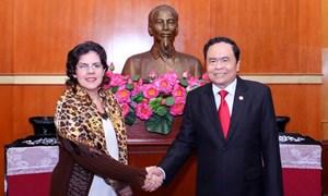 Chủ tịch Trần Thanh Mẫn tiếp Đại sứ Cuba