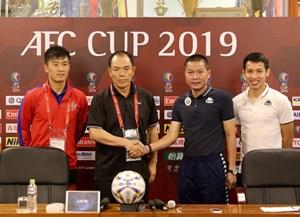 Chung kết liên khu vực AFC Cup: Hà Nội FC khó khăn nơi hành lang trái