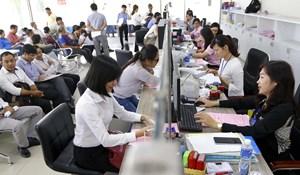Viên chức chuyển sang công chức có phải qua thi tuyển không?