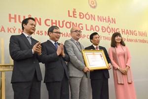 Cục Mỹ thuật, Nhiếp ảnh và Triển lãm nhận Huân chương Lao động hạng Nhì