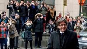 Cựu Thủ hiến Catalonia được tòa án Bỉ trả tự do