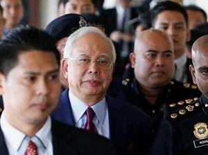 Cựu Thủ tướng Malaysia phải nộp 1 triệu ringgit để được tại ngoại