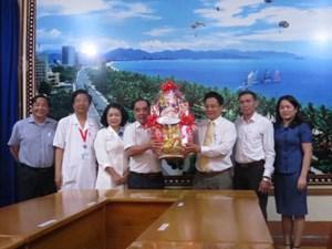 Khánh Hòa: Chúc mừng ngày Thầy thuốc Việt Nam 27-2