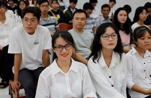 Giải bài toán khó tuyển sinh đại học