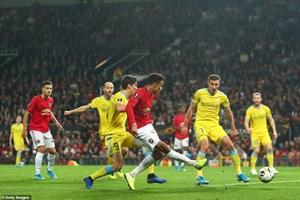 Loạt mở màn Europa League: Arsenal thắng đậm Frankfurt, MU chật vật vượt qua 'tí hon'
