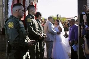 Đám cưới xuyên biên giới Mỹ - Mexico