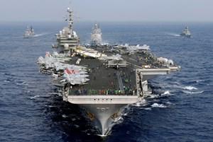Đang trao đổi về việc tàu sân bay Mỹ thăm Việt Nam