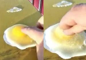 Đập trứng ra, biến thành cục băng trong phút chốc