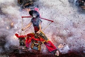 'Đất nước và con người bè bạn quốc tế'qua ống kính của các nhà nhiếp ảnh Việt Nam