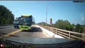 Camera hành trình ghi lại lỗi, tài xế chấp nhận nộp phạt
