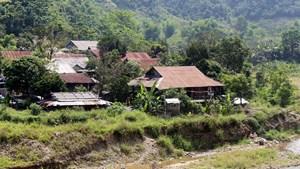 Di dời dân ra khỏi vùng nguy cơ sạt lở cao ở Mường Tè (Lai Châu): Vẫn còn nhiều khó khăn