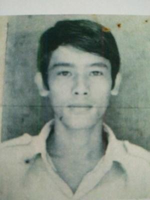 Di lý đối tượng giết người trốn truy nã 27 năm