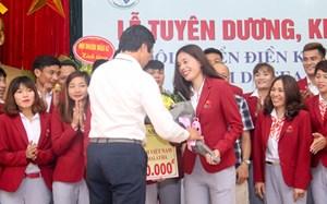 Điền kinh Việt Nam nhận tiền thưởng SEA Games 29
