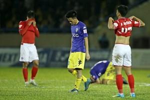 Đội đương kim vô địch Thái League muốn có Văn Quyết