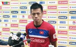 Đội trưởng Văn Quyết: 'Hãy cho HLV Park Hang Seo thêm thời gian'