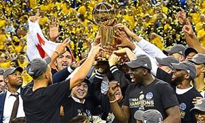 Đội vô địch NBA từ chối đến Nhà Trắng để tẩy chay Donald Trump