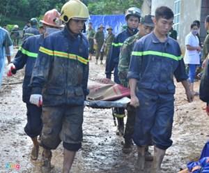 Dừng tìm kiếm 9 người bị đất chôn vùi ở Hòa Bình