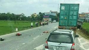 Đụng xe tải trên quốc lộ, hai mẹ con tử vong