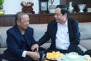 BẢN TIN MẶT TRẬN: Chủ tịch Trần Thanh Mẫn chúc Tết GS Nguyễn Lân Dũng