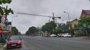 Tập đoàn Hoành Sơn xây công trình 20 tầng tại TP Vinh: Cần trục tháp bị đình chỉ nhưng vẫn hoạt động
