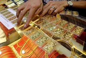 Giá vàng trong nước giảm tới 40.000 đồng mỗi lượng