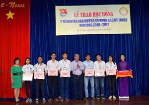 Giáo sư, Tiến sĩ Nguyễn Văn Hưởng: Một trí thức Việt Nam tiêu biểu
