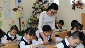 Hà Nội báo cáo về tuyển dụng đặc cách giáo viên trước ngày 20/11