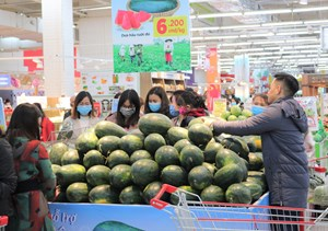 Giải cứu trái cây cho nông dân