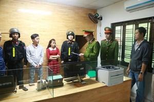 Cận Tết, Công an Thừa Thiên - Huế phá nhiều cơ sở cho vay nặng lãi liên tỉnh