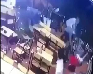 Quảng Trị: Nhóm đối tượng chém người tại quán nhậu ra đầu thú