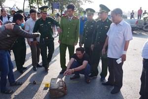 Thừa Thiên – Huế: Bắt nhóm đối tượng vận chuyển 14 bánh heroin trên quốc lộ 1