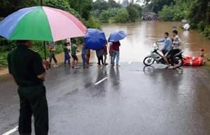 Mưa lũ tại Quảng Trị: Có nơi nước ngập đến 2 mét