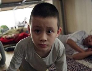 Hà Nội: Cảnh sát phát hiện bé trai 5 tuổi nghi tự kỷ đi lạc