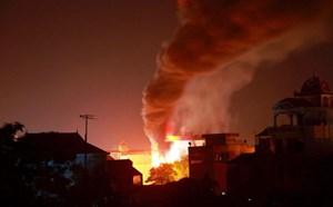 Trích 20 triệu đồng ủng hỗ trợ nạn nhân bị cháy nhà ở Xuân Mai