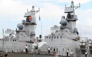 Hải quân Việt Nam tiếp nhận 2 chiến hạm hiện đại