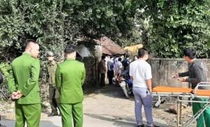 Nghi vấn: Hai mẹ con tử vong trước nhà tại Nghệ An