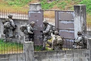 Hàn Quốc và Mỹ hoãn diễn tập đổ bộ vì thời tiết xấu