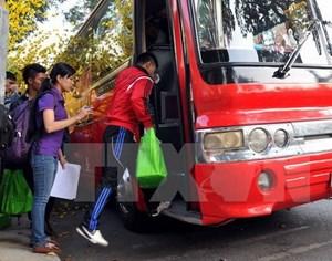 Hỗ trợ đưa công nhân có hoàn cảnh khó khăn về quê đón Tết