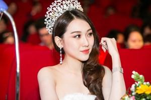 Hoa hậu Hoàng Kim xuất hiện rạng rỡ với vai trògiám khảo